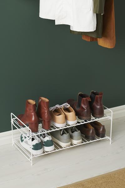 Chaussures bien rangée avec elfa