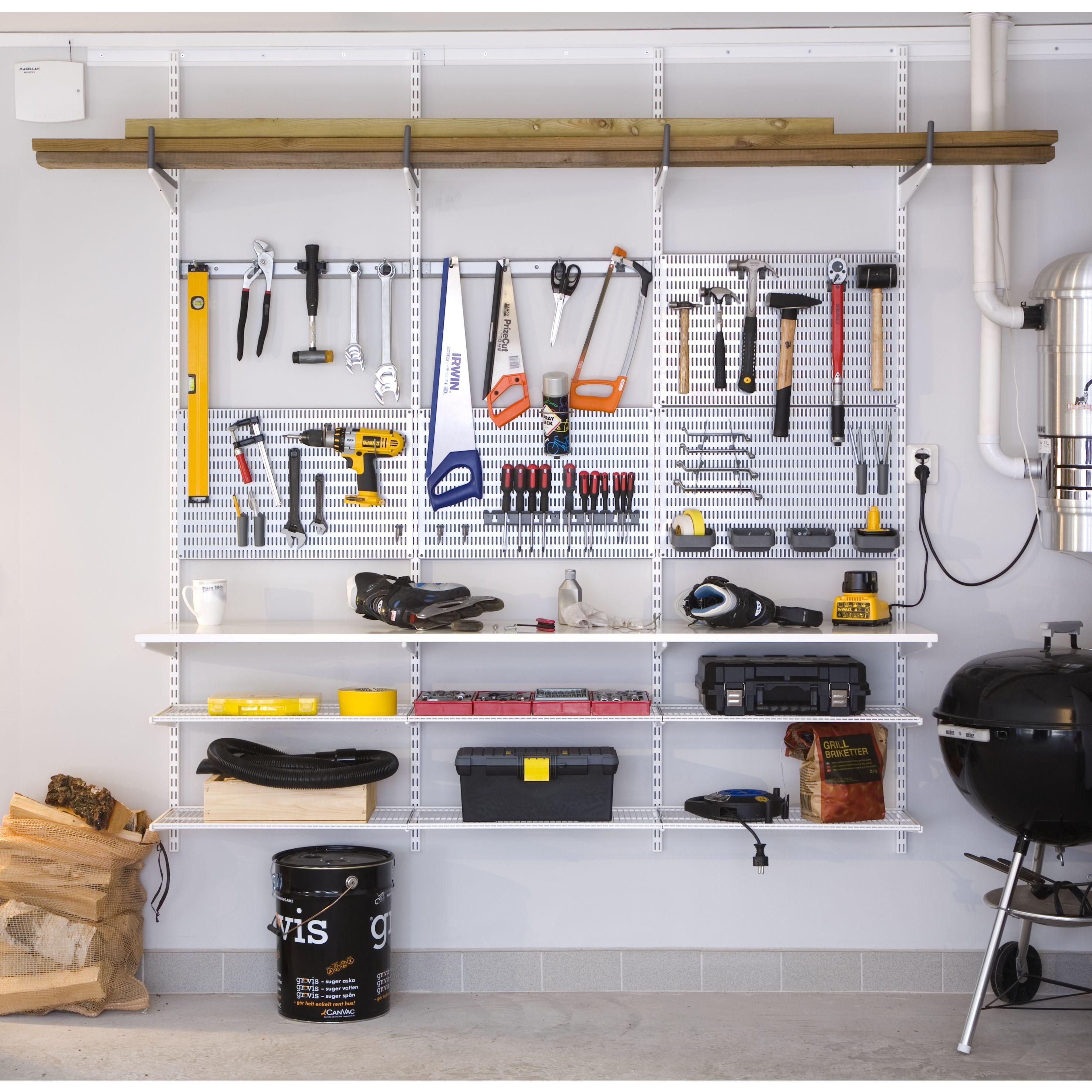 Garage Elfa bien rangé