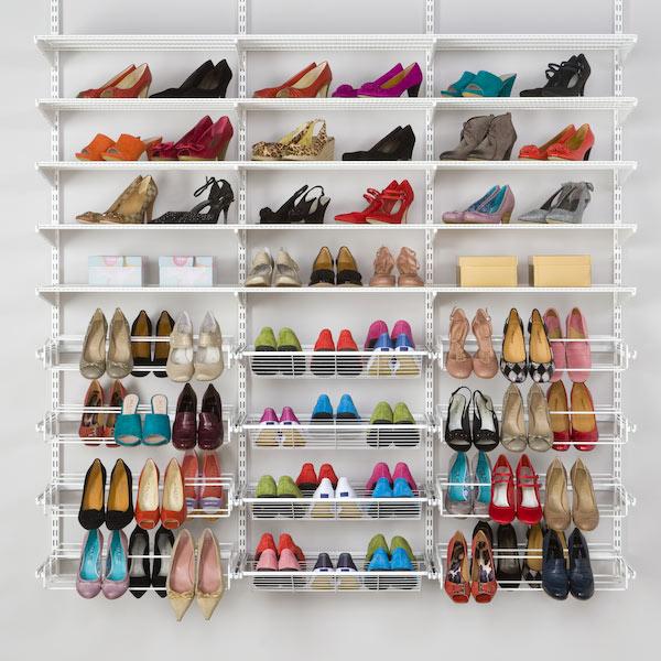 Toutes les chaussures bien rangées avec elfa